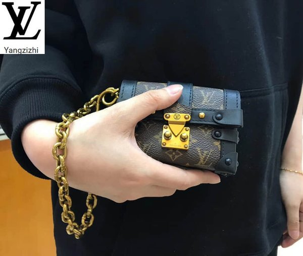 best selling Yangzizhi New Essential Trunk Mini Box Coin Purse M62553 Long Wallet Chain Wallets Compact Purse Clutches Evening Key