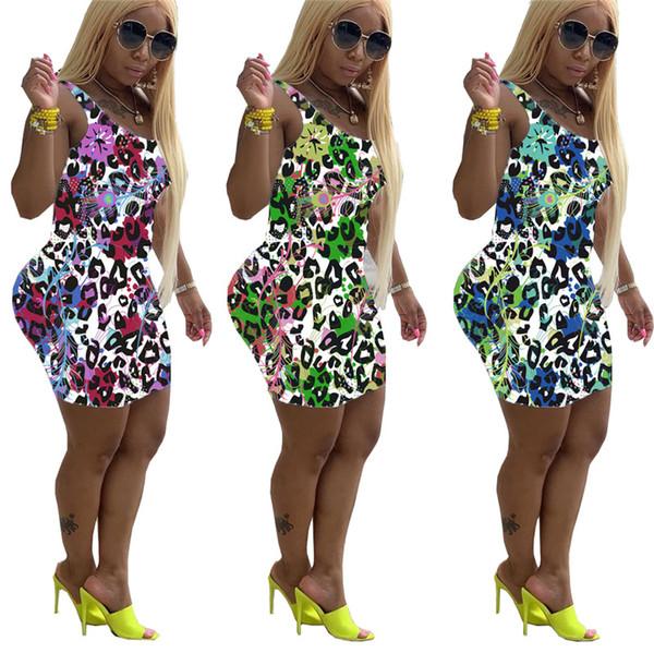 Atractivos de las mujeres vestidos de verano vestidos mini correa de leopardo de impresión sin mangas de plumas de pavo real de la venta caliente falda de la manera ocasional del bodycon más el tamaño 817