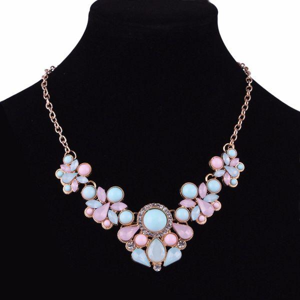 Women Bohemian Bib Gem Choker Necklace Fresh Candy Color Acrylic Stone Choker Necklace Flower Design Statement Wedding Jewelry