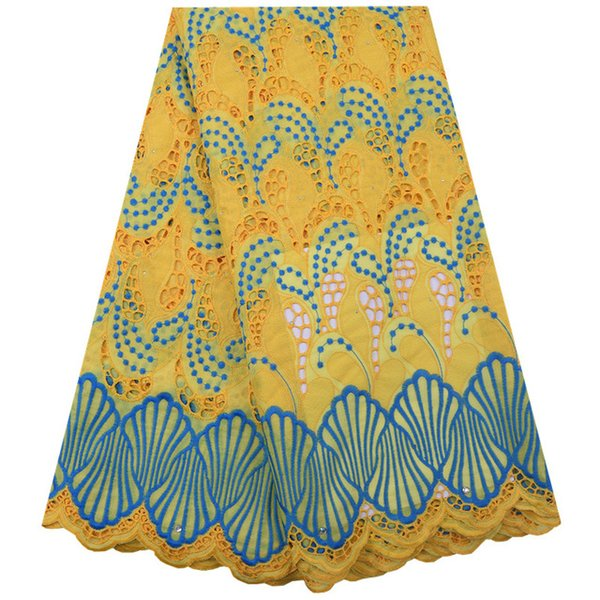 Color: amarillo-1851