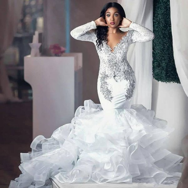 Acheter Robes De Mariee Sirene Scintillantes A Manches Longues 2019 Dentelle Col V Cristal Jupe A Volants Ruffles Trompette Arabe Robe De Mariage