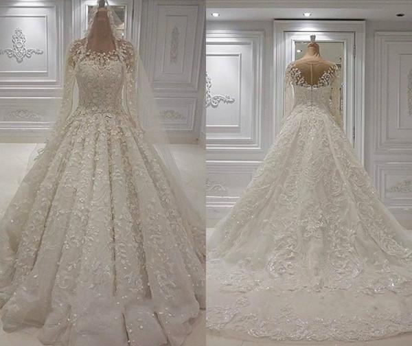 2019 Robes de mariée de luxe Jewel Neck Lace 3D Floral Appliqued Perle Manches Longues Robes De Mariée Balayage Train Robe De Mariée Eglise Personnalisé