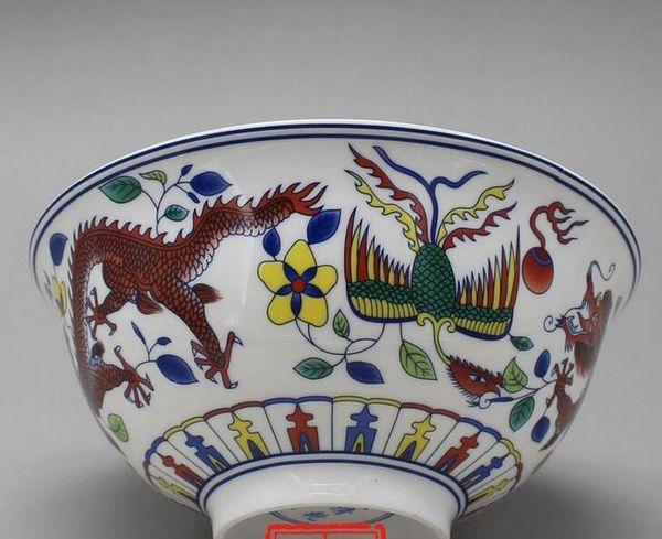 Jingdezhen ceramics Imitation of the Qing Emperor Qianlong's bucket color dragon bowl hand-painted blue and white antique porcelain bowl orn