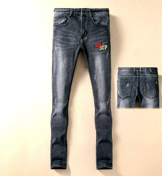 Yeni Moda Jeans Men Patchwork Hollow Out Baskılı Dilenci Kırpılmış Pantolon Man Kovboylar Demin Pantolon Erkek dropshipping GU02748 Ripped