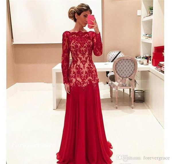 2019 Vintage Red Long Sleeves Mother of the Bride Dresses Lace Formal Godmother Women Wear Evening Wedding Party Guests Dress Plus Size