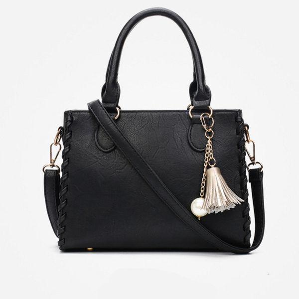 Explosion models Korean tassel small square bag new fashion ladies handbag high quality trend Messenger bag