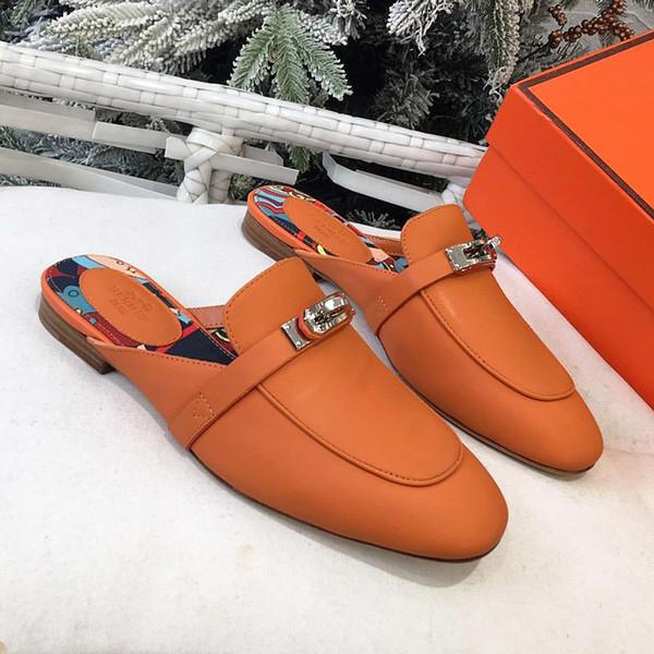 Yaz yeni yüksek kalite ayakkabı tek kelime terlik deri düz alt yarım kayma metal toka sandalet tasarım bayanlar ayakkabı