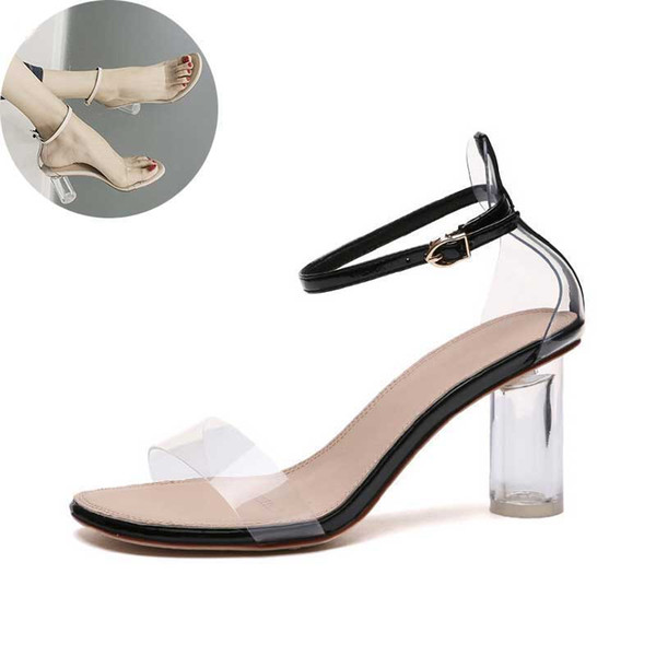Zapatos de mujer Lady Fashion 2019 Modelo femenino T Station Catwalk Sexy Crystal Zapatos transparentes 8 CM Tacones altos Sandalias de punta abierta