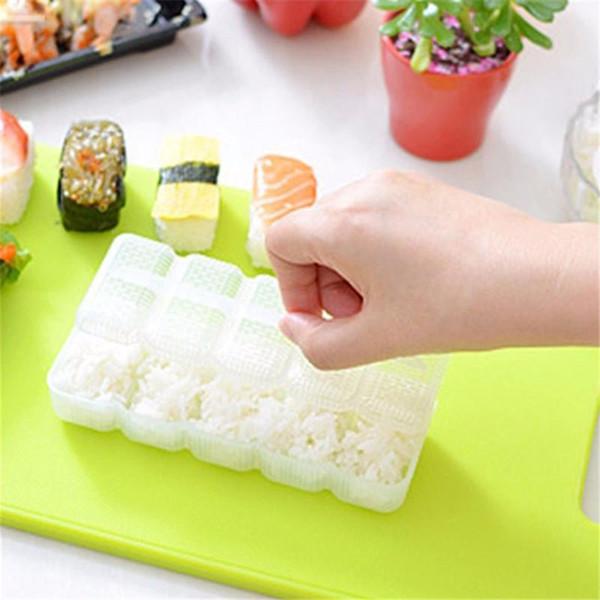 Plastik Suşi Araçları DIY Suşi Kalıp Pirinç Topu 5 Rulo Üreticisi Yapışmaz Basın Bento Pirinç Yapma Aracı Mutfak aracı YL878199