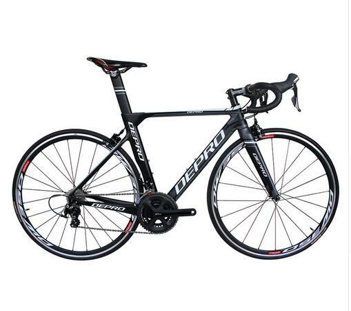 2019 neues komplettes Fahrrad präsentierte Pedal 700C Kohlefaser-Rahmen 22 Geschwindigkeit Fahrrad 8KG Rennrad