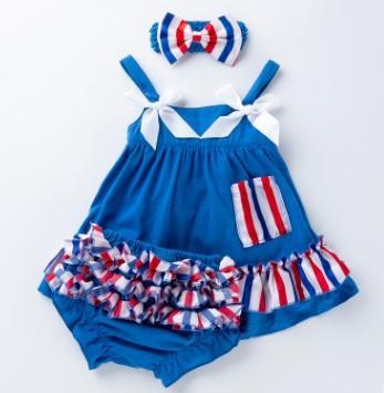 # 2 conjuntos de roupas de criança suspensor