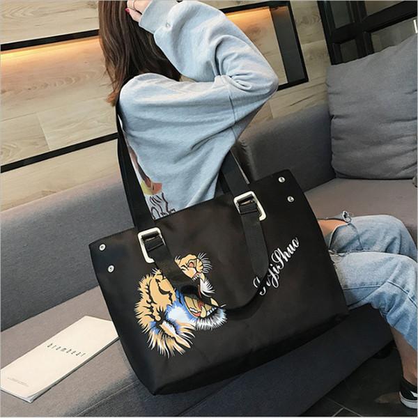2019 fashion ladies handbag large capacity casual shoulder bags nylon waterproof print bag with three color for women