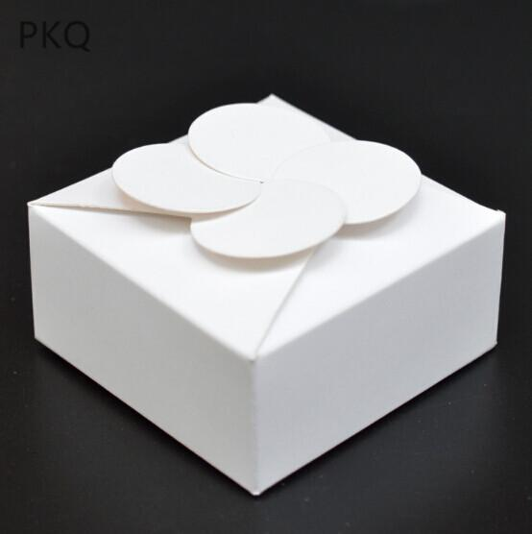 White 10.5x10.5x4cm