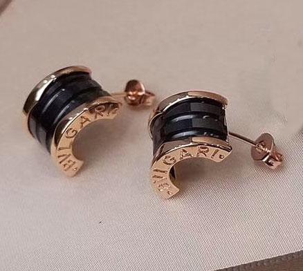 rose gold+black earring