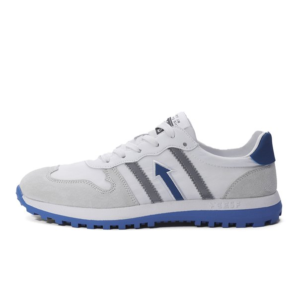 Blanc bleu gris