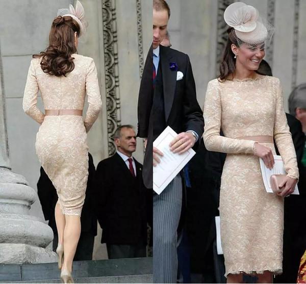 Şık Diz Boyu Dantel Uzun Kollu Ünlü Kokteyl Örgün Önlükler 2018 olan kadınlar Wear için Kate Middleton Champagne Abiye
