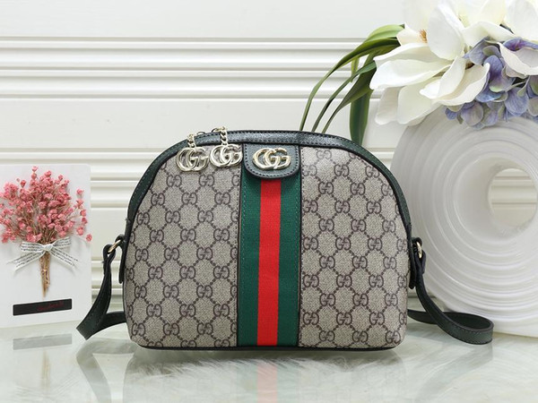 Women's Handbag Classic Small Series Of Fashion Hot Mom Lady Chain Bag Elegant Bulk Corrugated Woman Leather Shoulder Purse Handbag Bag M09