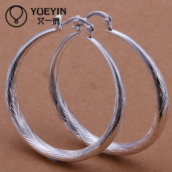 Wholesale- Hot sale silver fashion jewelry beautiful women hoop earrings high quality flat your earrings with