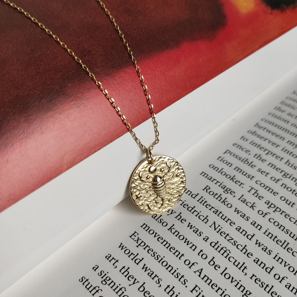 New arrival popular 925 silver necklace jewelry golden Scorpio zodiac sign necklace for women and men for gift and daily wearing