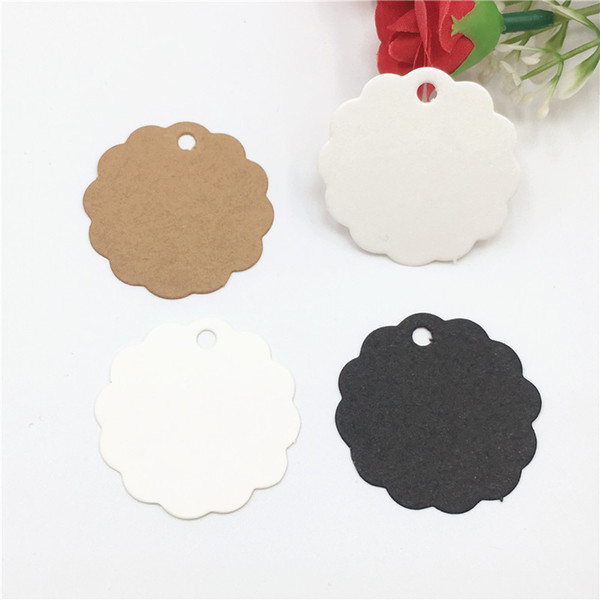 2000Pcs/Lot Blank Flower Round Type Kraft Paper Hanging Tags Label Note Price Joyful Festival Holiday Garment Cookies Boxes Tags