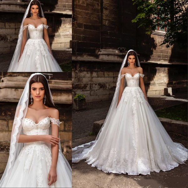 Crystal Design 2019 Princess Ball Gown Wedding Dresses Off the Shoulder Lace Embellished Bodice Sweetheart Garden Bridal Gowns Back Corset
