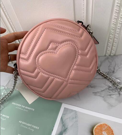 Cadena de astilla rosa
