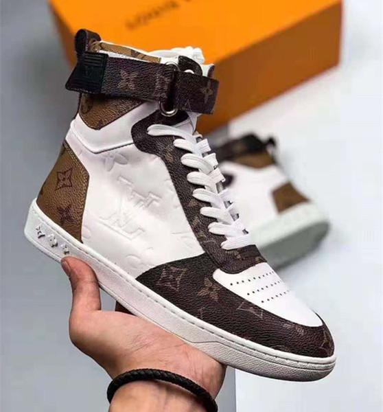 Новые фирменные мужчины кожа Бумбокс Привет-топ кроссовки дизайнер женщины холст шнуровка ремень пряжка резиновая подошва Повседневная обувь