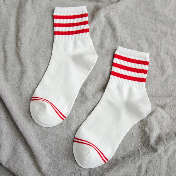 Branco Listra Vermelha