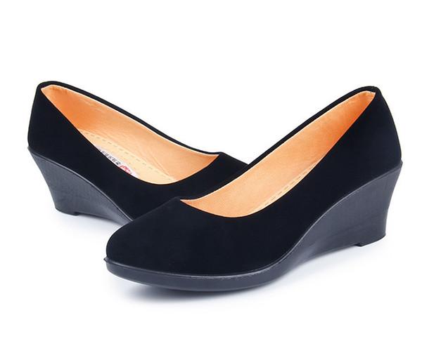 innovative design c5076 53fc5 Großhandel Frauen Schwarz Neue Keilabsatz Schuhe Mode Lässig Büro Schuhe  Von Deals8, $33.56 Auf De.Dhgate.Com   Dhgate