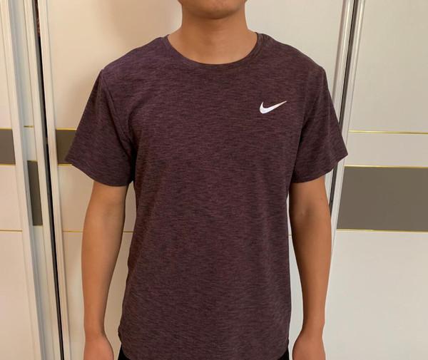 Haute qualité dernier luxe 2019 New Designer Just Color T Shirt Hommes Coton Casual T-shirts D'été Skateboard Tee Garçon Skate Tshirt Tops