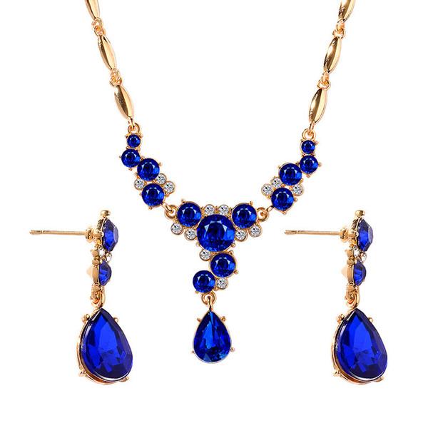 8f07c96b7c96 2019 adornos de cristal de moda collar y aretes conjuntos Pendientes de  tres colores collar de