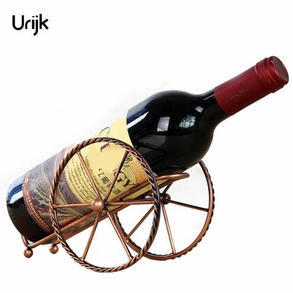 Urijk Metal Vino rojo Estante Bronce Hierro Ruedas Diseño Tenedor del vino Home Bar Decoración Estante Exhibición Cerveza Whisky Botellas Titulares