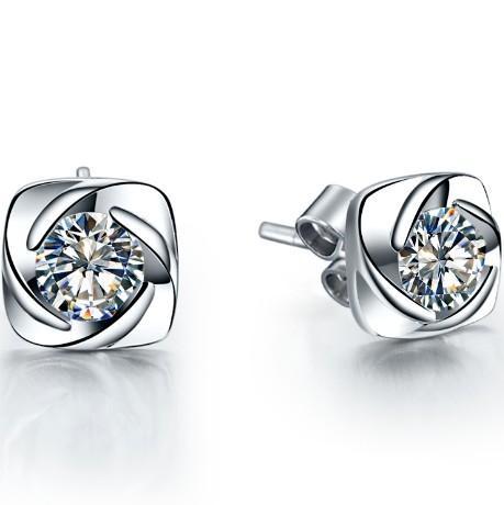 Vintage Swirl Style Sterling White Gold 14K Fine Jewelry Earrings 0.3CT/Piece Simulate Diamond Women Wedding Stud Earrings