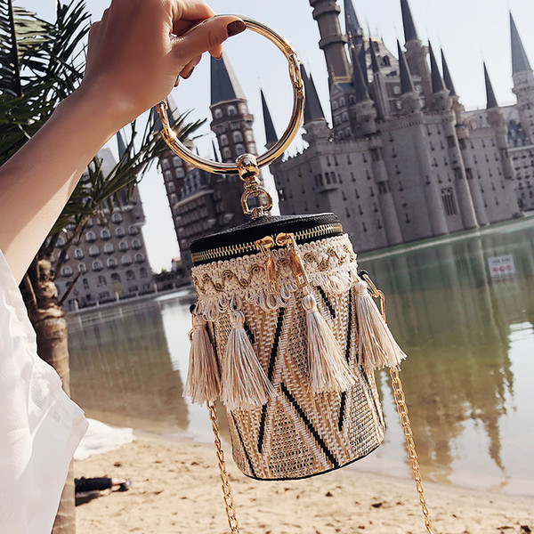 2018 Summer Fashion New Handbag High quality Straw Women Round Tote Hand Metal Ring Tassel Chain Shoulder Travel bag Y190606