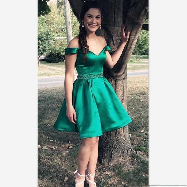 Compre Elegantes Vestidos Cortos Para El Regreso Al Hogar De Color Verde Con Cinturón De Hombros Cuentas Una Línea Corta Mini Cóctel Fiestas