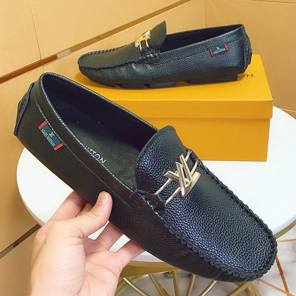 2019 summer new top craft men's design dress shoes leather metal snap peas wedding shoes classic fashion men's shoes large size loafers qo