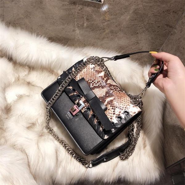 FF Kani baguete KADıN tasarımcı çanta çanta kaliteli deri klasik marka moda crossbody messenger omuz çantaları cüzdanlar