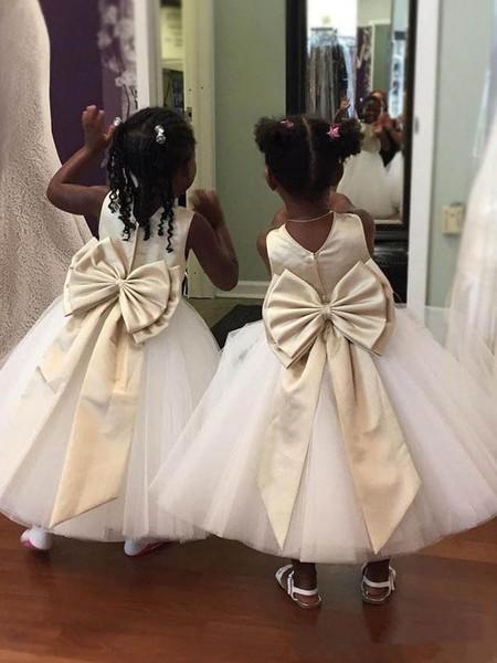 Champagne raso bianco Tulle Abiti da sposa con fiori carino gioiello collo abito elegante per Matrimoni principessa prima comunione abiti