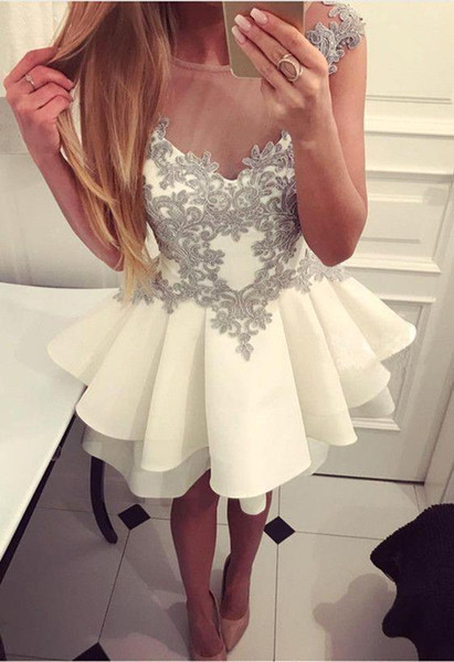 2018 Newest Ivory Short Prom Dresses with Silver Appliqued Beaded Tiered Skirts Sheer Neck Capped Sleeves Cocktail Party Dress Evening Gown