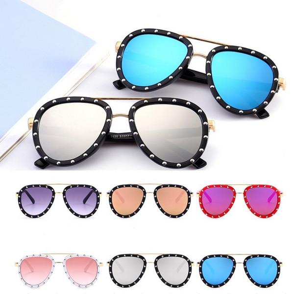 Новая коллекция весна лето дети солнцезащитные очки мода дети заклепки солнцезащитные очки европейский американский стиль дети уф-защита мода зеркало ребенка