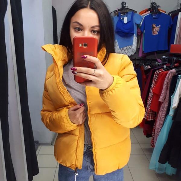 노란색 겨울 파카