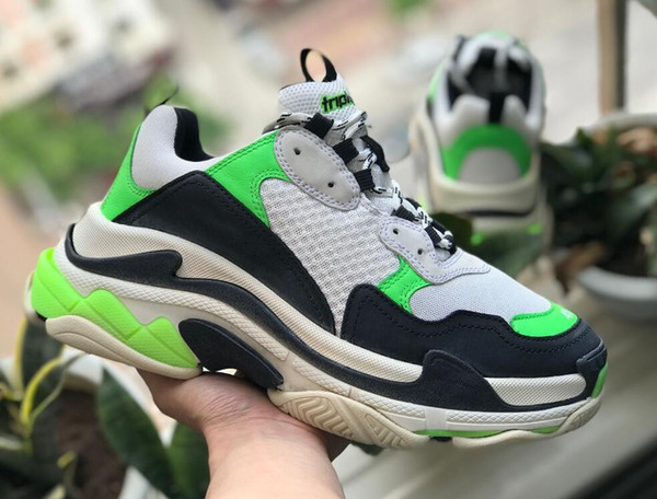 aaParis 17FW Triple-S Leisure Shoes Luxury Dad Shoes Cheap Triple S 17FW Sneakers for Men Women Vintage Kanye Old Grandpa Trainer Outdoor