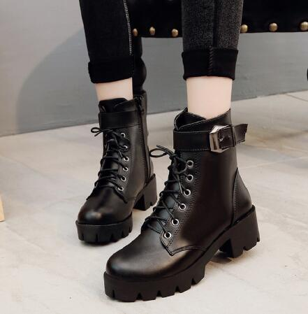 2020 New Buckle Motorcycle Boots Women British Style Ankle Boots Gothic Punk Low Heel ankle Boot Winter Women Shoe Plus Size 40