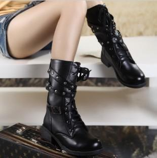 2018 New Arrival Spring Autumn Lovers Low Heel Lace Up Round Toe Rivets Fashion Martin Boots Plus Size hjm78