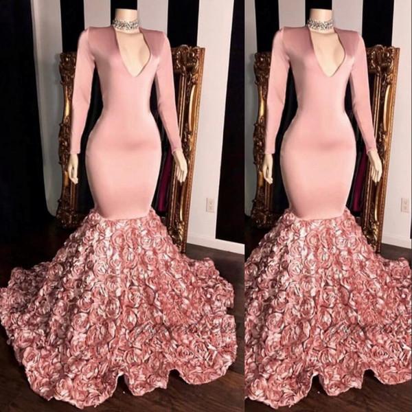 Wunderschöne Meerjungfrau Ballkleider 2019 3 D Rose Blumen Applikationen Perlen Sheer Langarm Abendkleid Rosa Stretchy Satin Robes de Soirée