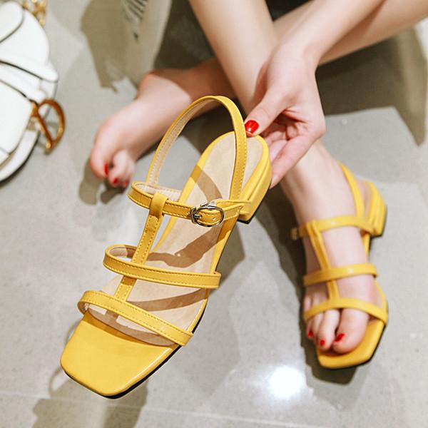 Venta al por mayor Todo el tamaño US1.5-17 Sandalias clásicas Sandalias de dama de la moda para mujer Zapato infantil Hebilla de metal Pisos Zapatos de tacón 2.4 cm 6 colores
