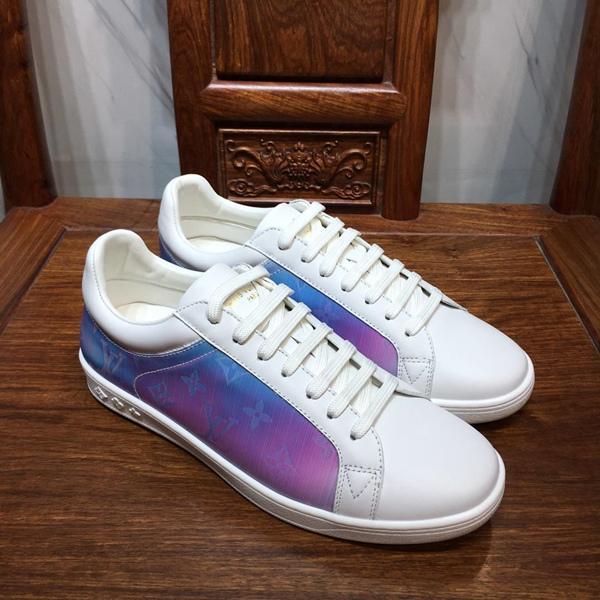 Designer di moda di lusso Scarpe basse bianche Scarpe da uomo First Rate Qulity Canvas Monogram Rivoli Sneaker New Season Scarpa casual low-top
