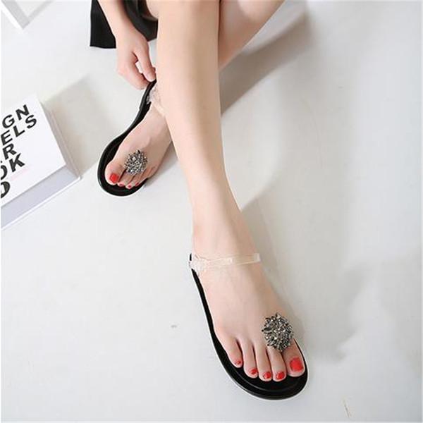 Summer transparent jelly sandals girl diamond flowers flat flat heel foot plastic crystal girl beach shoes women sandals 2018