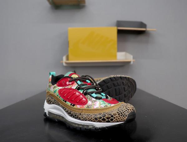 Celebrat das Jahr des Schweins 98 Chinese New Year Laufschuhe für Herren Lotusblumen Chinesische Kunst 98s CNY Beige Multicolor Designer Sneaker