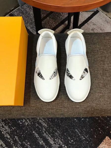 Последняя мода черная кожа желтые глаза высшего качества маленький монстр глаза панда стиль заклепки мужские кожаные повседневная обувь xk163